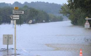 Inondations à Calvissom, dans le Gard, le 15 novembre 2014