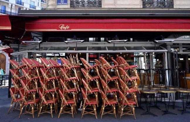 648x415 chaises empilees terrasse restaurant ferme paris 31 mai 2020 paris