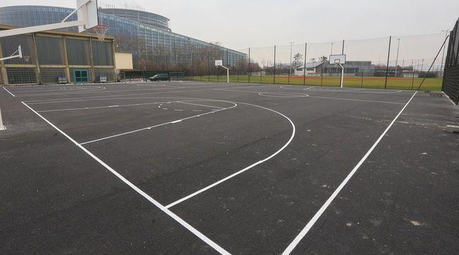 Les terrains de basket en accès libre au Wacken. Strasbourg le 19 janvier 2016. – G. Varela / 20 Minutes