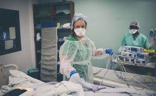 Le service de réanimation Covid à l'hôpital Delafontaine à Saint-Denis.