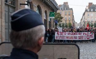 Manifestation en plein état d'urgence à Rennes le 28 novembre 2015.