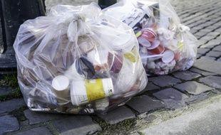 Des sacs poubelles à Bruxelles (Illustration)