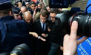 Le ministre de l'Economie Emmanuel Macron lors de son déplacement à Montreuil près de Paris, le 6 mai 2016