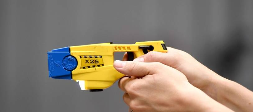 Un pistolet à impulsion électrique. (Illustration)