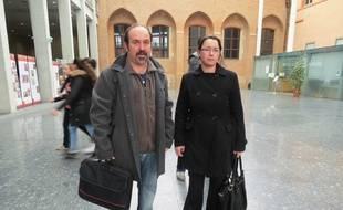 Nadia Portheault et son mari Thierry, le 19 janvier au Palais de justice de Toulouse.