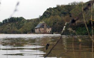 Illustration de la Vilaine, ici le moulin du Boël, au sud de Rennes.