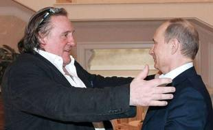L'acteur français Gérard Depardieu a rencontré samedi soir le président russe Vladimir Poutine et a reçu son passeport russe, a annoncé dimanche le porte-parole de M. Poutine.