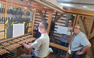 Le carillon du beffroi de Bergues.