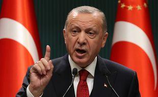 L'annonce de ces pourparlers à été faite à l'issue d'une énième conférence téléphonique entre le président turc Recep Tayyip Erdogan et la chancelière allemande Angela Merkel.