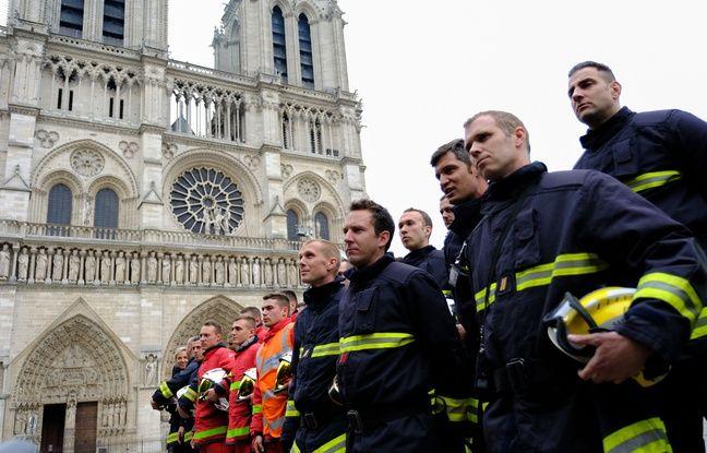 VIDEO. Incendie à Notre-Dame de Paris: Les pompiers de New York rendent hommage à leurs collègues français