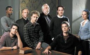 La saisons 1 compte huit épisodes. Une saison 2 est en écriture.