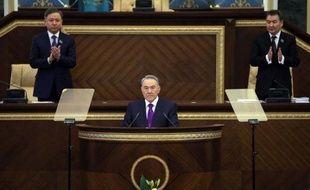 Environ 1.000 personnes se sont rassemblées samedi à Almaty au Kazakhstan, pour contester les résultats des législatives du 15 janvier et la répression visant les détracteurs du régime du président Noursoultan Nazarbaïev.