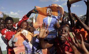 La coalition du Premier ministre kényan sortant Raila Odinga, déclaré battu au premier tour de la présidentielle du 4 mars, a reporté de 24 heures le dépôt devant la Cour suprême de son recours contre les résultats, initialement prévu vendredi.