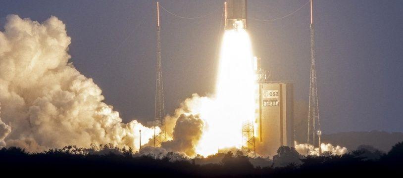 Décollage d'une fusée Ariane 5 en janvier 2020.
