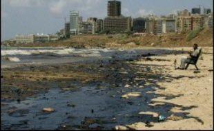 Les agences de l'ONU pour l'Environnement ont décidé d'agir d'urgence pour faire face à la marée noire en Méditerranée orientale provoquée par l'aviation israélienne au Liban, lors d'une réunion jeudi au Pirée, le port d'Athènes.