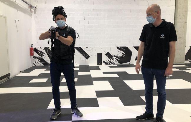 Après Bordeaux et Strasbourg, Pierre Chicorp (à droite) n'a pas hésité à lancer son expérience d'hyper réalité virtuelle à OL Vallée.
