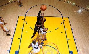 LeBron James, star des Cleveland Cavaliers, le 20 juin 2016, contre Golden State.