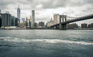 L'East River à New York.