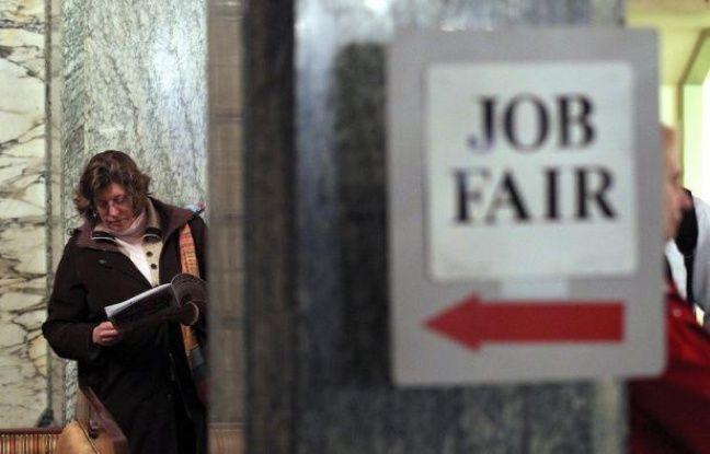Le taux de chômage des Etats-Unis est remonté en mai pour la première fois en un an et les mauvais chiffres de l'emploi publiés vendredi, qui ont fait plonger les Bourses, font désormais craindre un ralentissement prolongé de l'économie américaine.