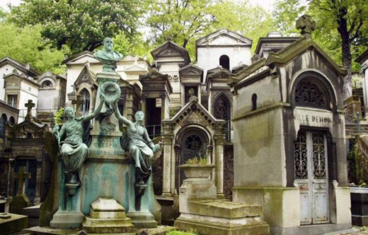 Le cimeti re du p re lachaise va proposer de nouvelles solutions pour les urnes fun raires - Les deux minutes du peuple le salon funeraire ...