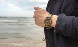 Le «Violeur à la montre» parvenait àles attirer dans des coins isolés en leur demandant de l'aide pour retrouver sa montre, soi-disant coincée sous une pierre (illustration).