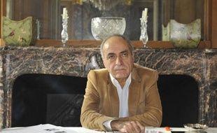 Une perquisition a été menée jeudi au domicile parisien de l'homme d'affaires franco-libanais Ziad Takieddine dans l'enquête sur les accusations de financement de la campagne de Nicolas Sarkozy en 2007, a-t-on appris de source proche du dossier, confirmant une information d'Europe 1.