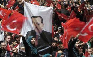 Strasbourg, le 4 octobre 2015 - Le président turc Recep Tayyip Erdogan fait un meeting devant 12.000 personnes au Zénith de Strasbourg sur le thème «Unité contre le terrorisme».