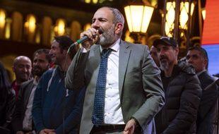 Le chef de l'opposition arménienne Nikol Pachinian a été élu mardi 8 mai 2018, Premier ministre par le Parlement de cette ex-république soviétique du Caucase du Sud.