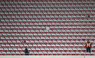 Une tribune vide l'Allianz-Riviera, le 4 avril 2015, lors d'un match entre Nice et Evian.