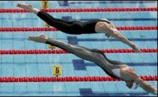 Championnats d'Europe de natation à Budapest: Alain Bernard a vu sa route s'arrêter. A égalité avec son coéquipier David Maitre à la neuvième place (22.63), il a été battu en barrage (22.35 contre 22.44). Maitre aura donc la possibilité de nager, comme il l'a annoncé, une nouvelle fois pour son président Gérard Durant, décédé récemment.