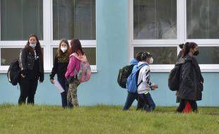 Le harcèlement sexuel est normalisé parmi les écoliers au Royaume-Uni, selon un rapport commandité par le gouvernement.