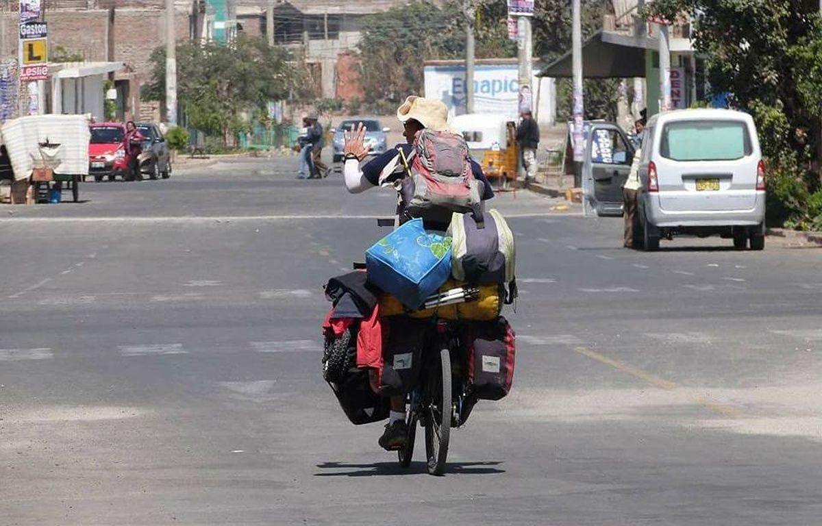 Pierre-Adrien a parcouru 16.000 kms à vélo depuis Bangkok jusqu'à Rennes, où il ira voter dimanche. – Bangkok Paris by Bike