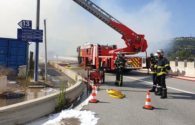 Plus de quarante pompiers ont été mobilisés pour venir à bout des flammes.