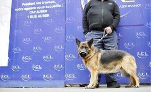 Hier, l'agence LCL de l'avenue de l'Opéra était encore sous haute surveillance.
