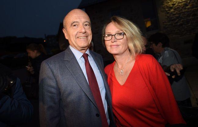 Saint-Setiers, le 5 novembre 2016. - Claude Chirac, la fille de Jacques Chirac, pose aux côtés d'Alain Juppé qu'elle soutient pour la primaire de la droite pour la présidentielle de 2017.