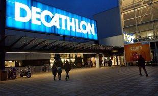Magasin de sport Décathlon. Villeneuve d'Ascq.