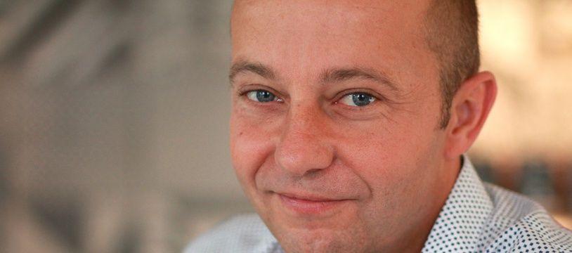 Auteur de polars, Christophe Guillaumot, 47 ans, dirige la section