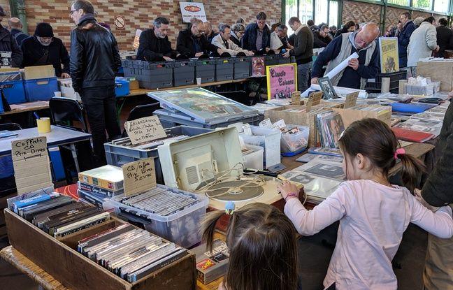Le disque vinyle séduit aujourd'hui toutes les générations.