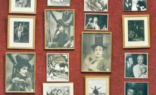 Des costumes, photos, livres, meubles ayant appartenuà Marcel Marceau seront vendus à Drouot-Richelieu aujourd'hui et demain.