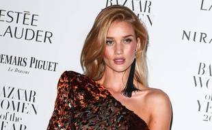 La top et actrice Rosie Huntington-Whiteley