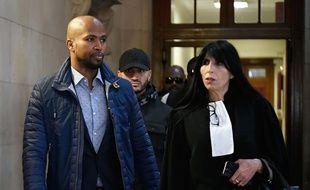 Le rappeur Rohff et son avocate Malika Ibazatene au tribunal de Paris, le 29 septembre 2017.