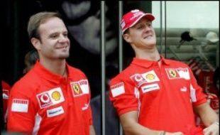 L'Allemand Michael Schumacher, qui a disputé dimanche au Brésil le dernier Grand Prix de sa carrière en Formule 1, couronnée avant Sao Paulo de 7 titres mondiaux, a évité durant la quasi-totalité de ses 16 saisons en F1 d'avoir un coéquipier capable de lui faire de l'ombre.