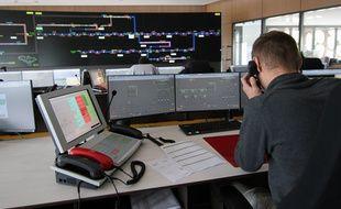 La salle principale d nouveau poste de commande du réseau ferré du Grand Ouest à Rennes.