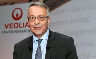 Le groupe Veolia Environnement a annoncé vendredi avoir été assigné en justice par EDF, qui souhaite ainsi obtenir le droit de monter de 34% à 50% au capital de Dalkia, leur filiale commune spécialisée dans la gestion d'installations énergétiques pour le compte de tiers.