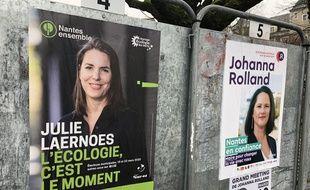 Des panneaux électoraux à Nantes: Julie Laernoes et Johanna Rolland
