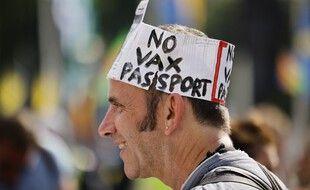 Une manifestation contre le passeport vaccinal, le 19 juillet 2021, devant le Parlement à Londres.