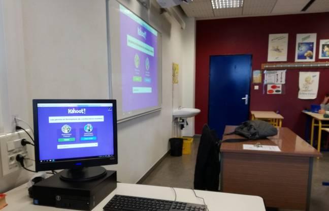 Toutes les salles du lycée sont désormais équipées de vidéoprojecteurs, grâce au dispositif de la région Grand Est.