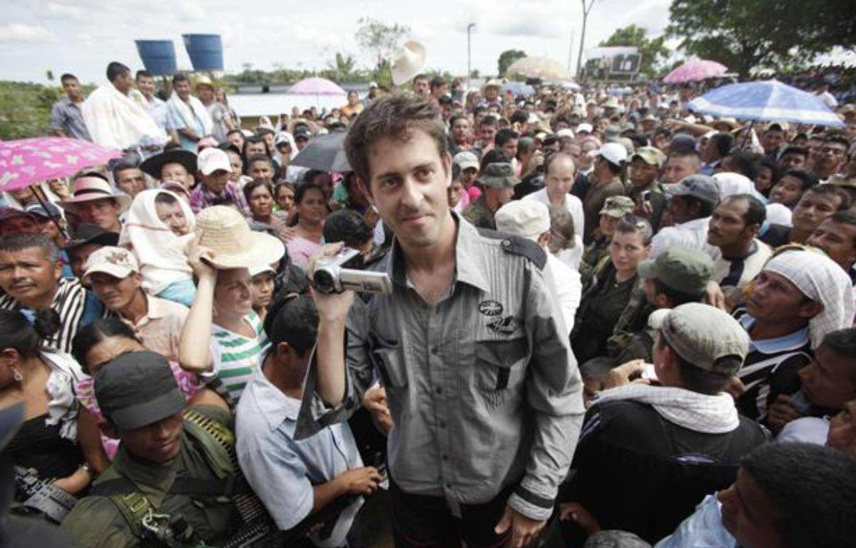 Le journaliste français Roméo Langlois, après sa libération à San Isidro (Colombie), le 30 mai 2012. – F.VERGARA / AP / SIPA