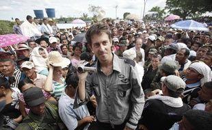 Le journaliste français Roméo Langlois, après sa libération à San Isidro (Colombie), le 30 mai 2012.