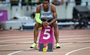 Le Botswanien Isaac Makwala, un des favoris sur 200m lors des Mondiaux de Londres, a dû déclarer forfait à cause d'une épidémie de gastro-entérite dans un hôtel officiel.